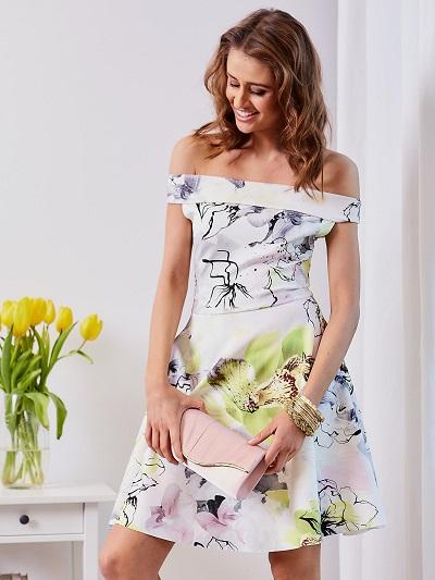 Sukienki na wesele: najlepsze modele