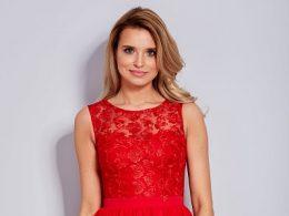 czerwone sukienki na wesele